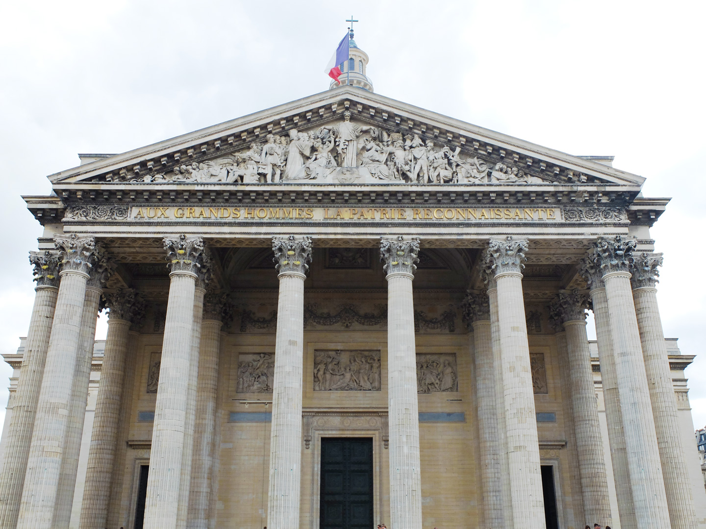 place-du-pantheon3