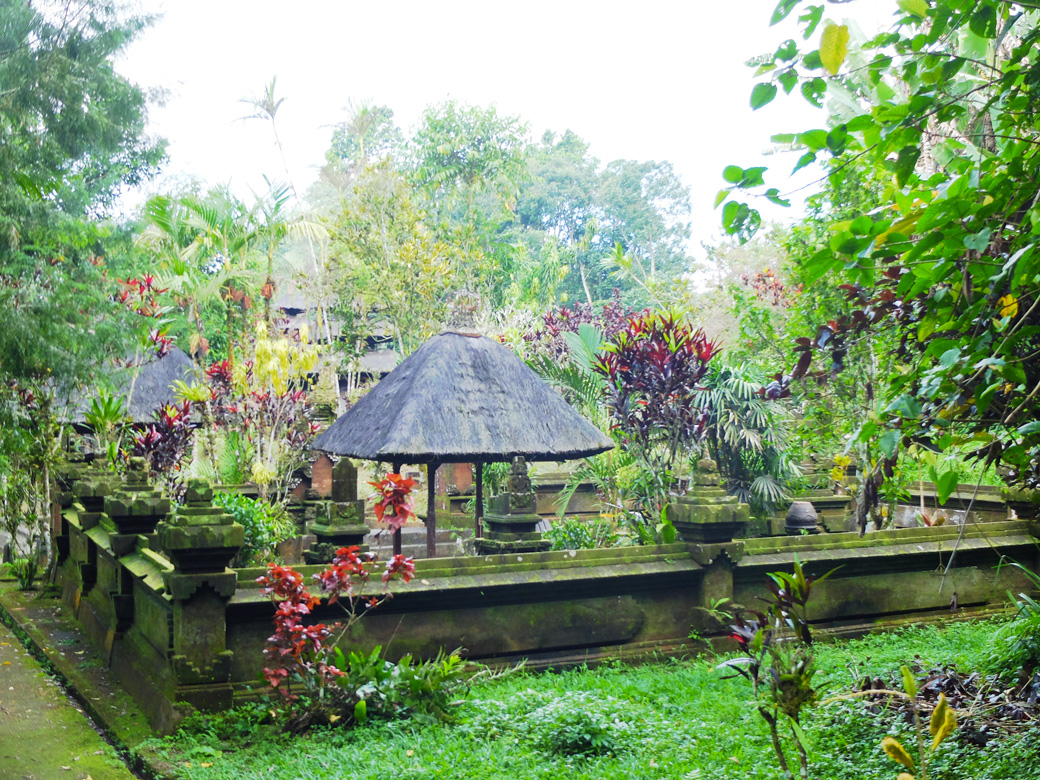batukaru-temple3