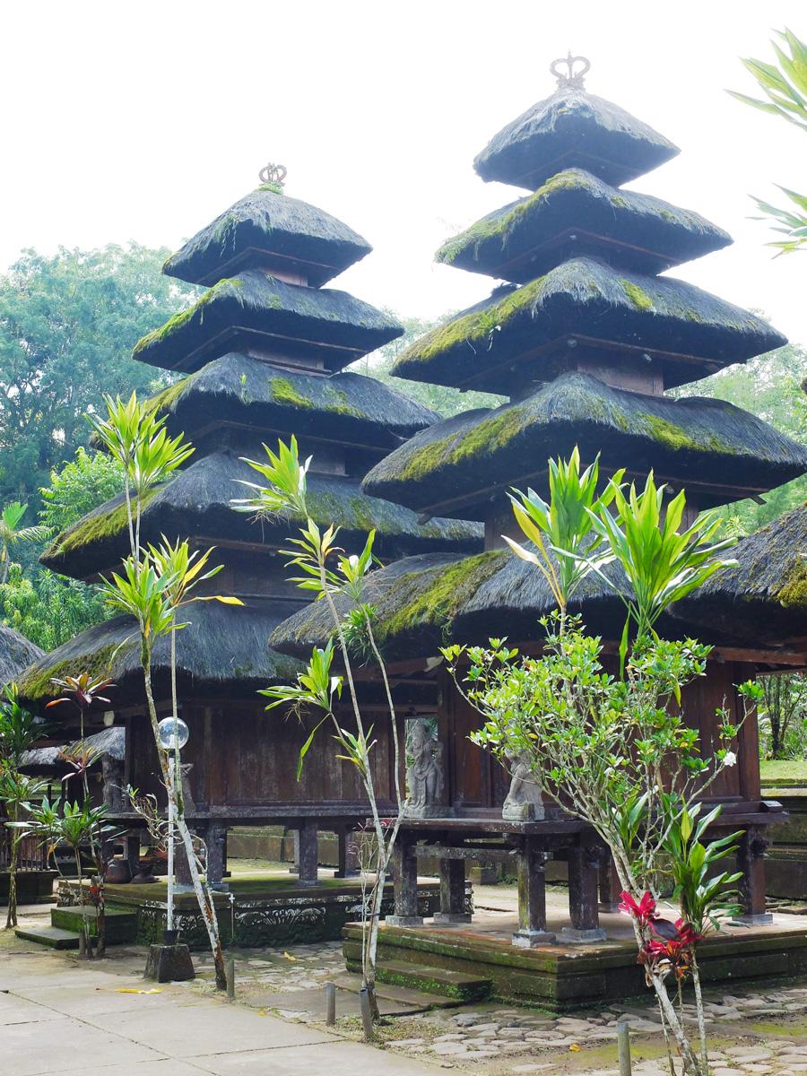 batukaru-temple5