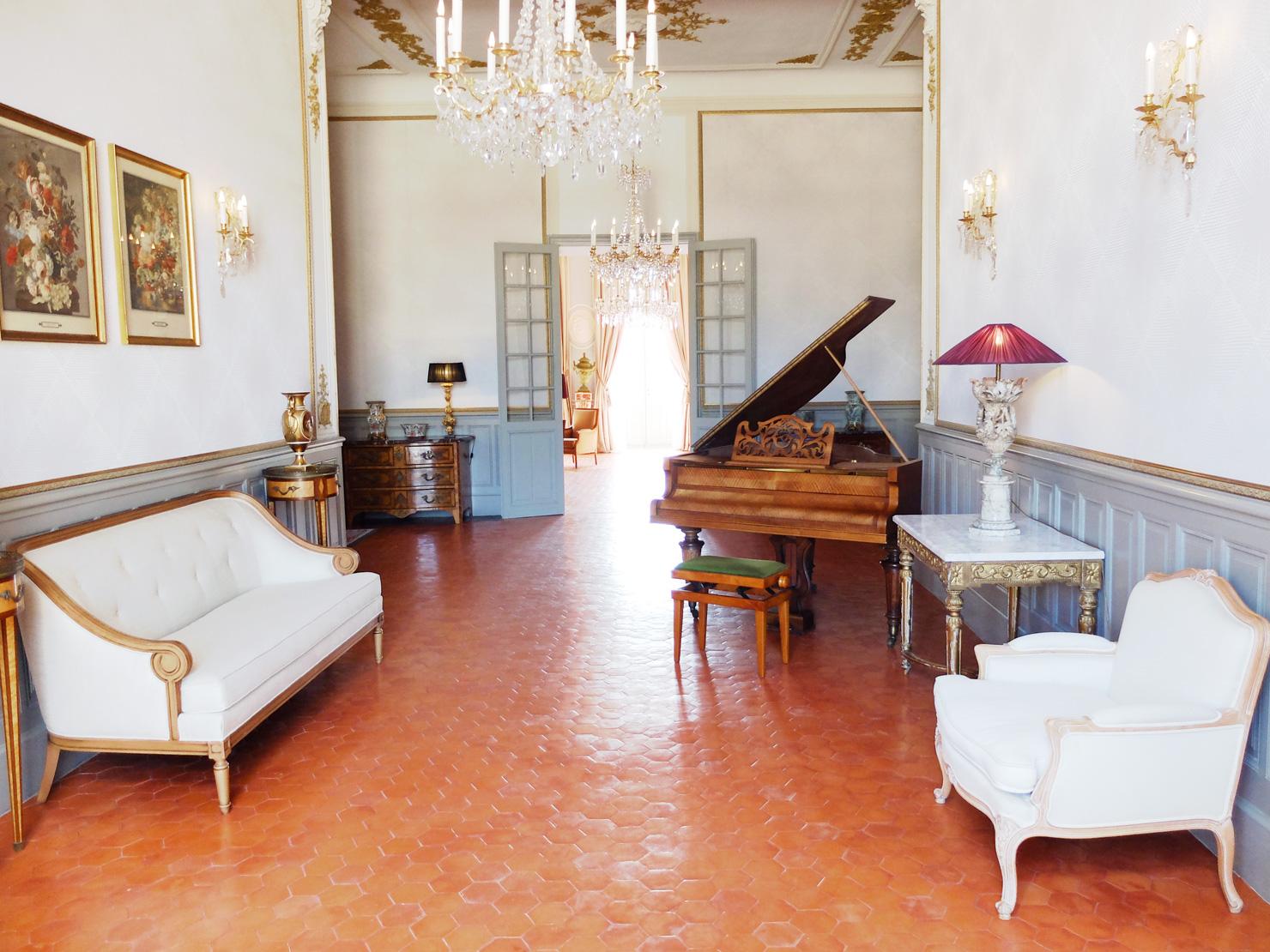 fonscolombe-salon